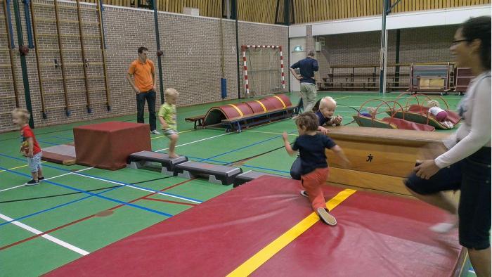 Kinderen sporten bij Avanti.