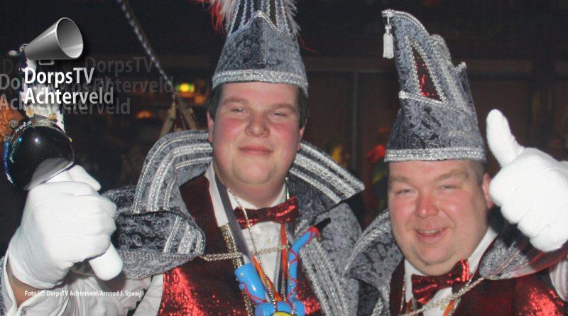 Prins Schots en adjudant Scheef is het nieuwe duo dat voorgaat in het carnaval 2018.